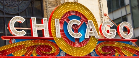 Chicago_Theatre_sign_Close_up