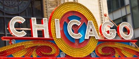 Chicago_Theatre_sign_Close_up
