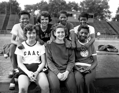 Staton, third from left in back row, joins other individual event winners at the Olympic track and field trials in Harrisburg, Penn., on July 5, 1952. Photo credit: AP Images